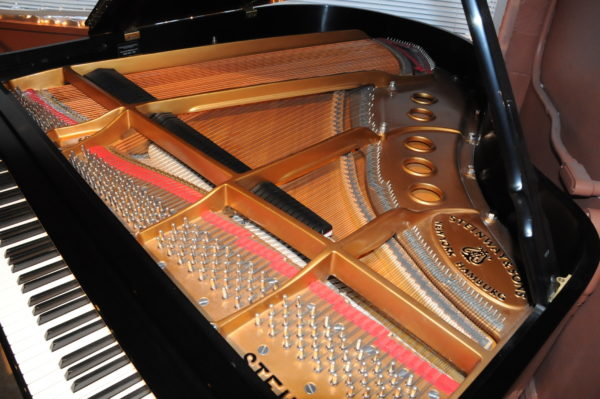 Steinway S Baby Grand Piano Serial 569322 - Pic 4