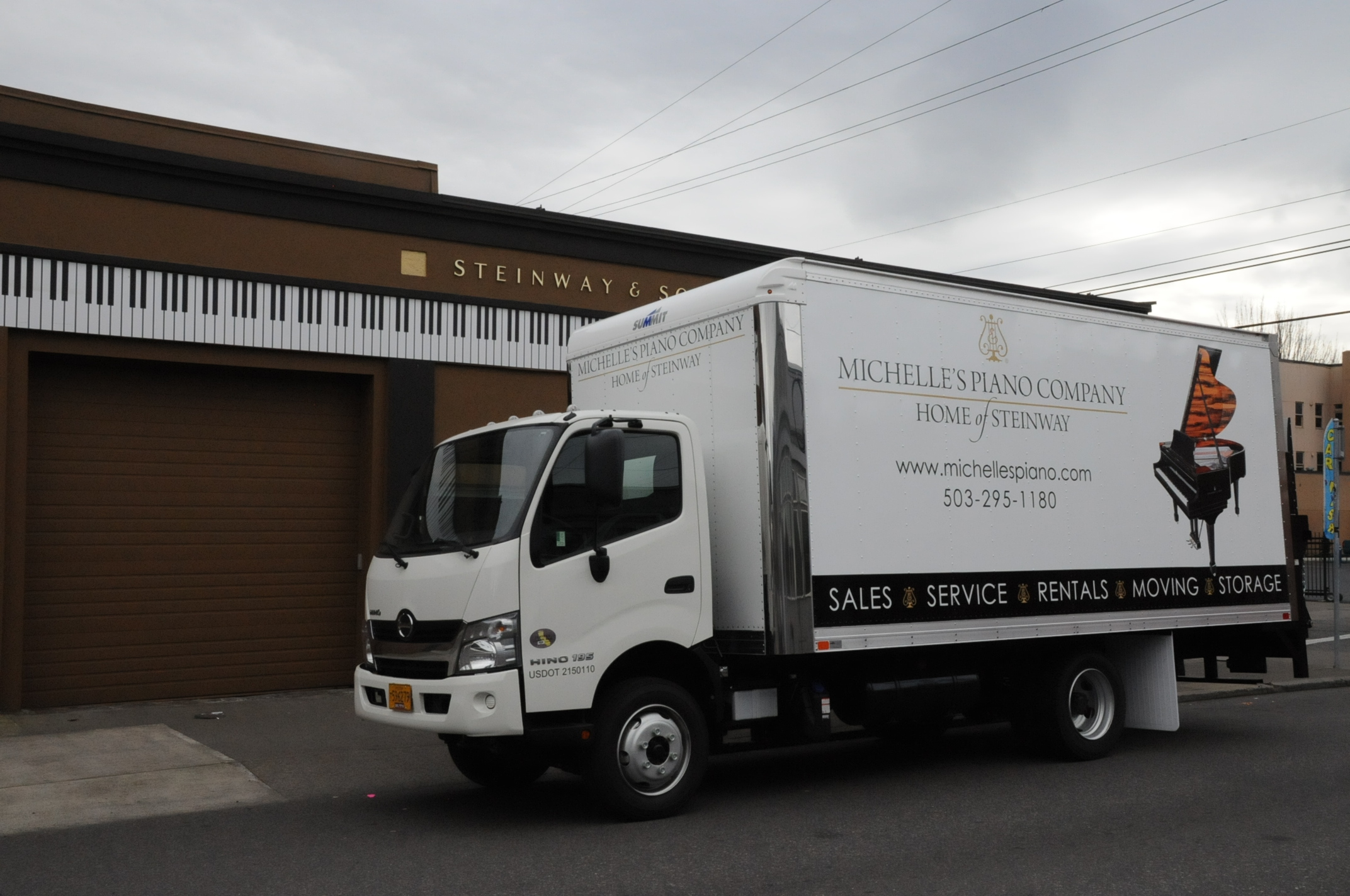 Piano Moving Truck in Portland OR from Michelles Piano - pic 2