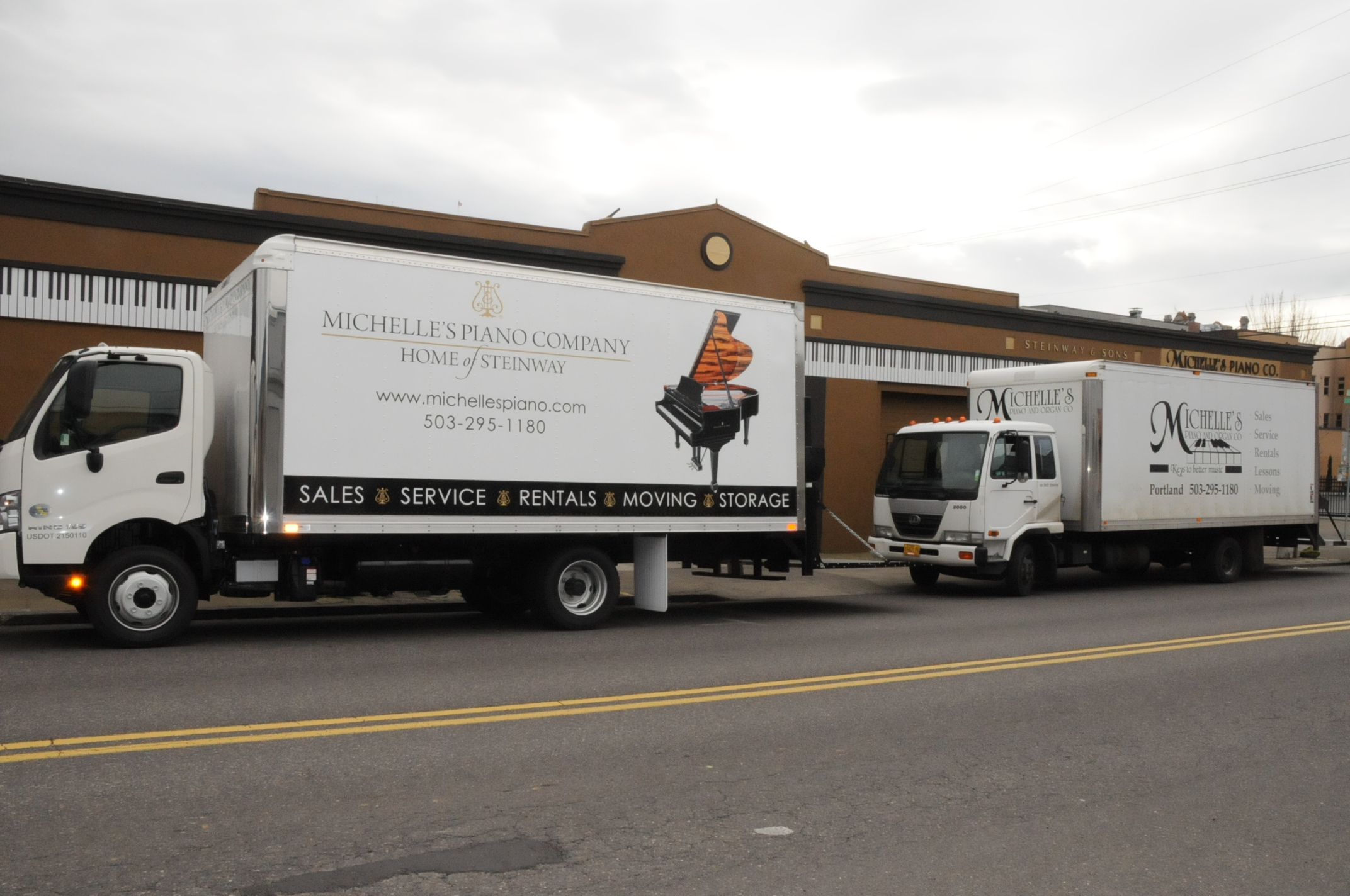 Piano Moving Truck in Portland OR from Michelles Piano - pic 4