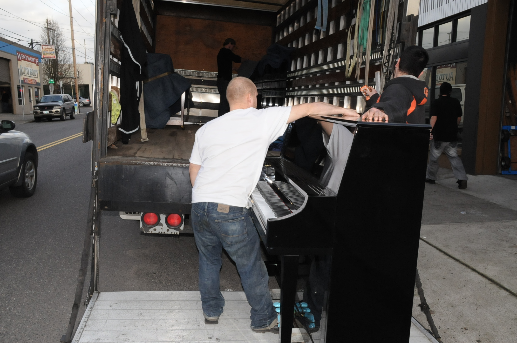 Piano Moving in Portland OR from Michelles Piano - pic 4