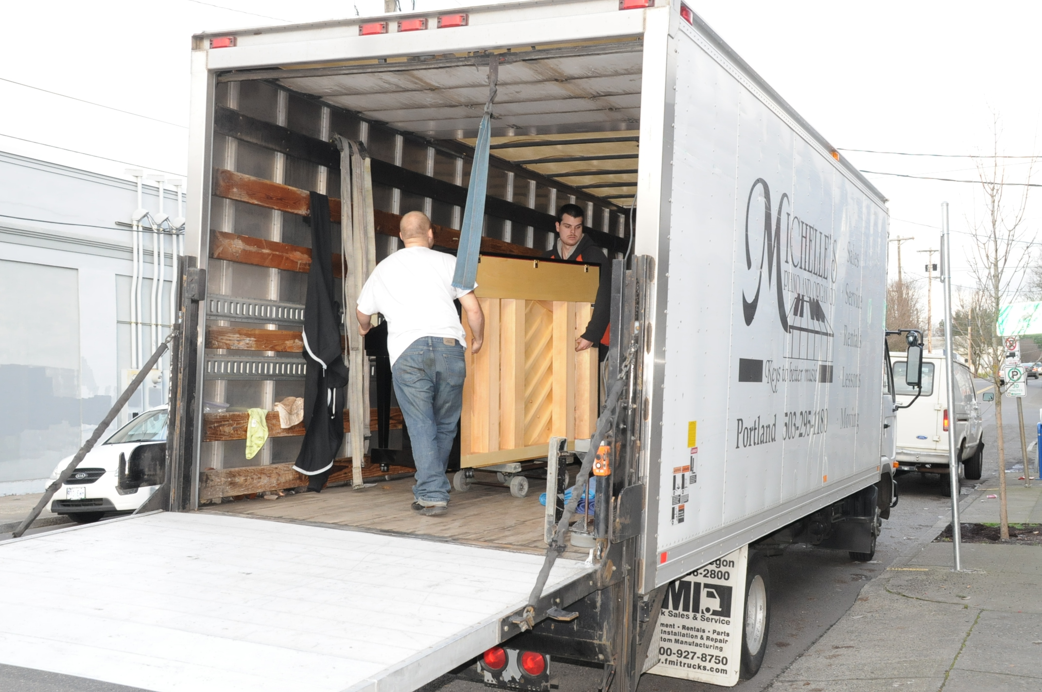 Piano Moving in Portland OR from Michelles Piano - pic 5