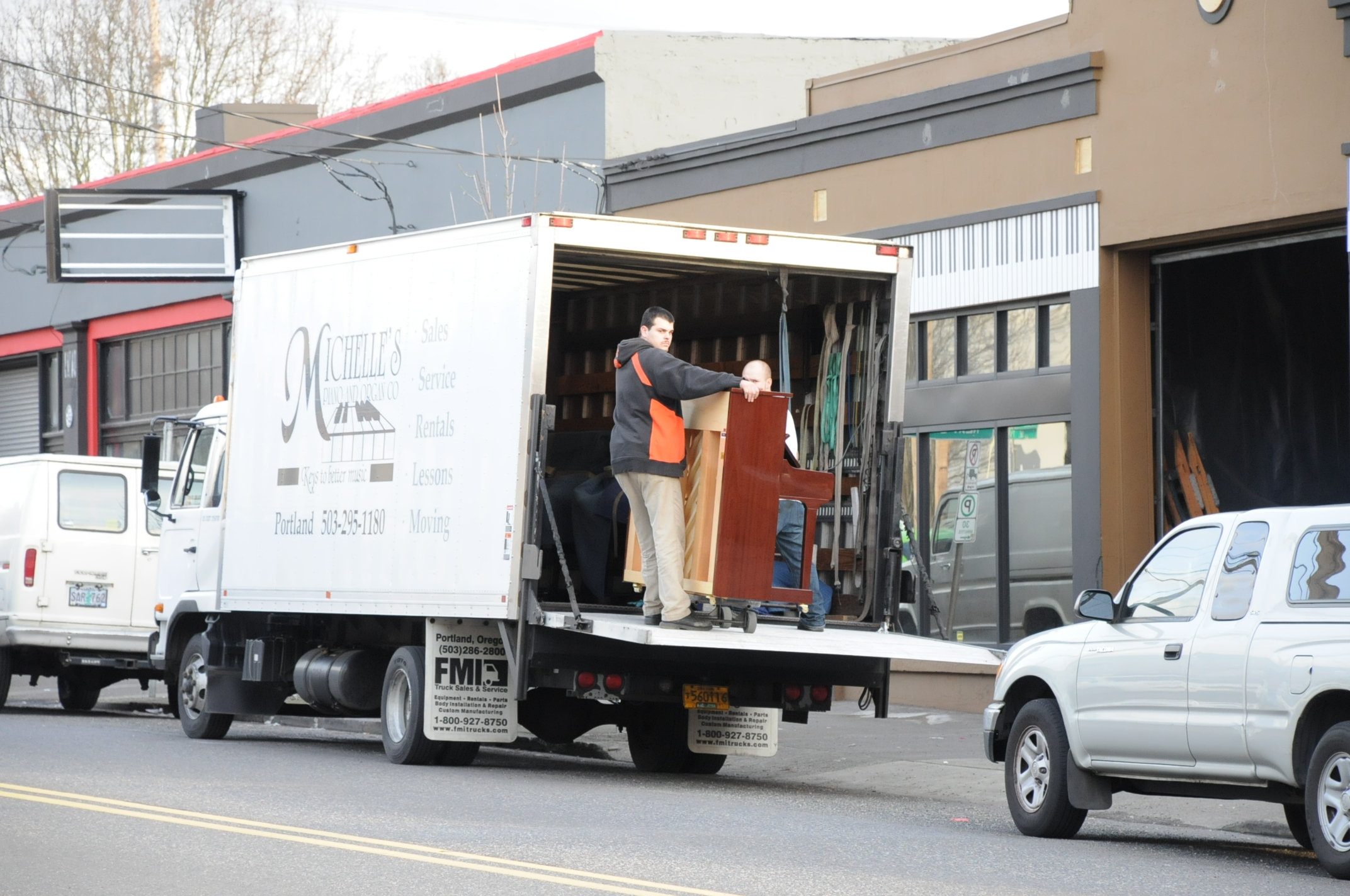 Piano Moving in Portland OR from Michelles Piano - pic 6