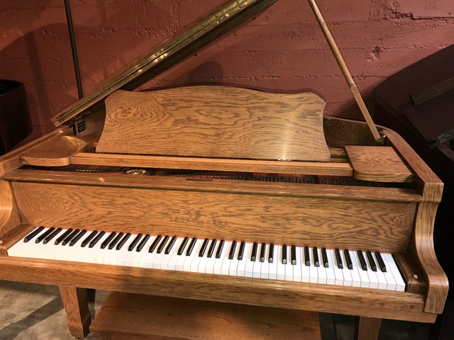 young chang baby grand piano michelles piano in portland or. Black Bedroom Furniture Sets. Home Design Ideas