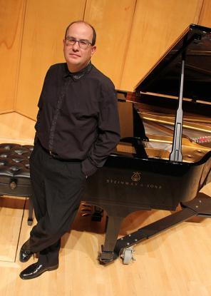 Alexandre-dossin-judge-at-steinway-competition-at-michelles-piano-in-portland-or