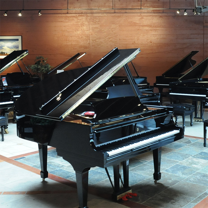 pre-owned-steinway-pianos-at-michelles-piano-in-portland-or