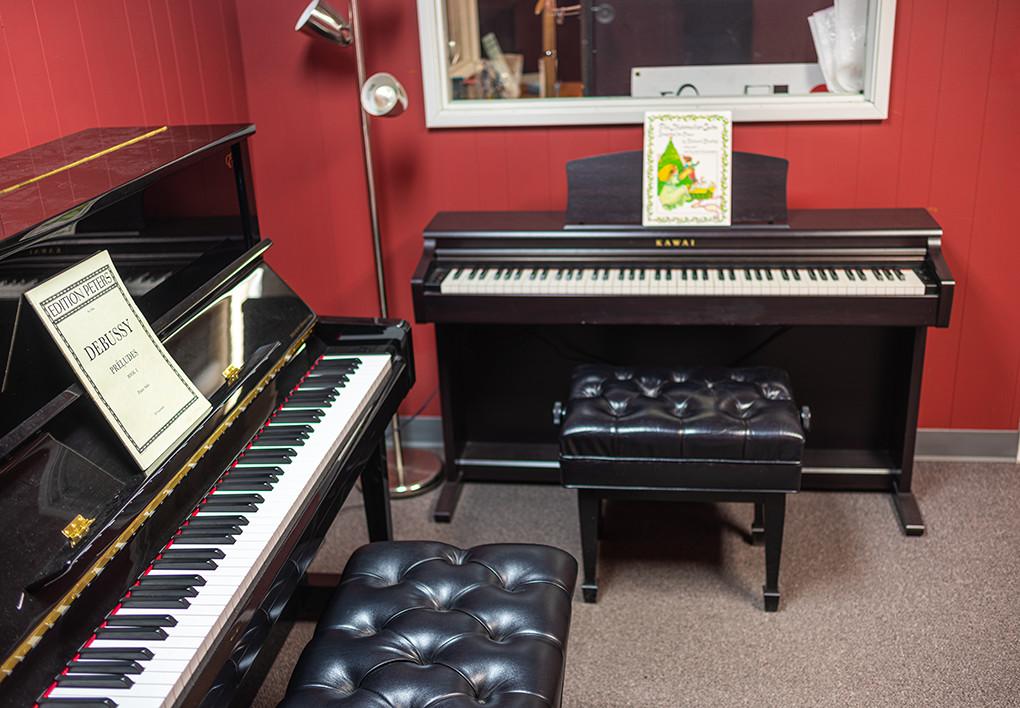 portland-piano-lessons-piano-room-at-michelles-piano-in-portland-or-pic4